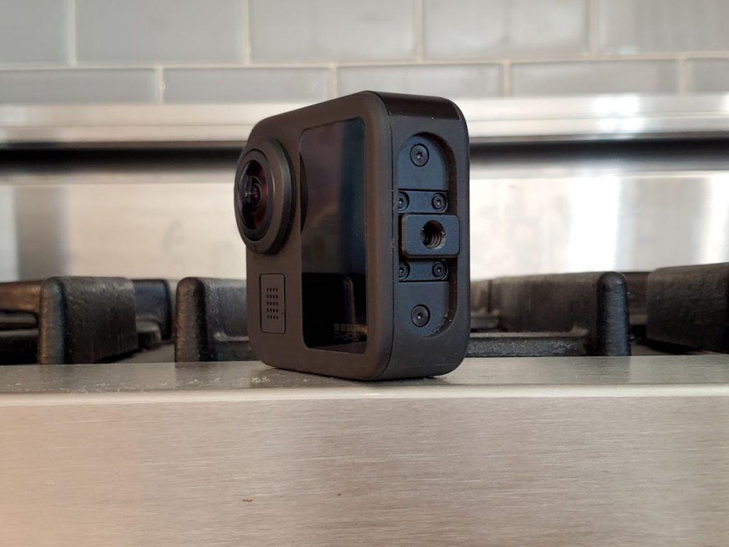 GoPro Max 1/4-20 tripod hole